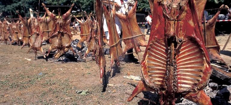 Fiesta del carneiro ó espeto de Moraña
